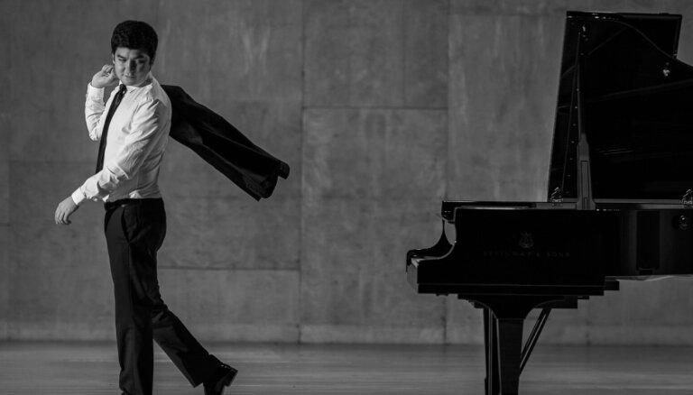 Ar Vīnes klasicisma dižgaru programmu jauno sezonu atklās 'Sinfonietta Rīga'