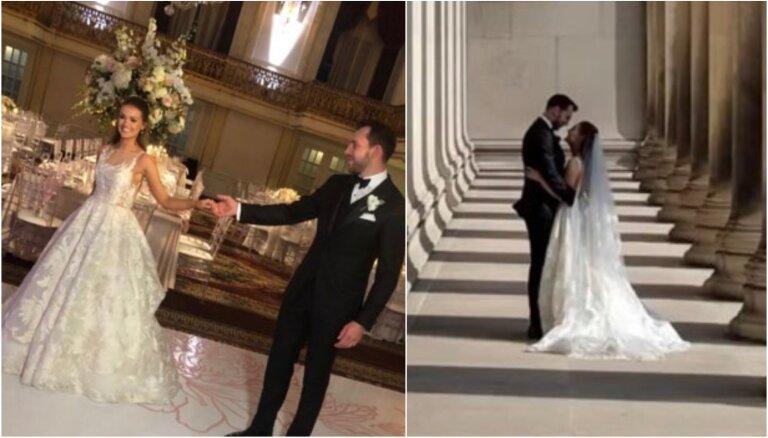 ФОТО: Латвийская звезда НХЛ Земгус Гиргенсонс женился