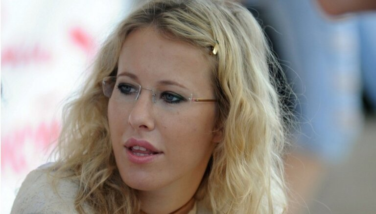 Собчак обвинила Шнурова в блокировке интервью с его бывшей женой
