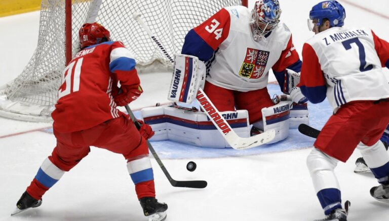 Сборная России одолела чехов в выставочном матче перед Кубком мира