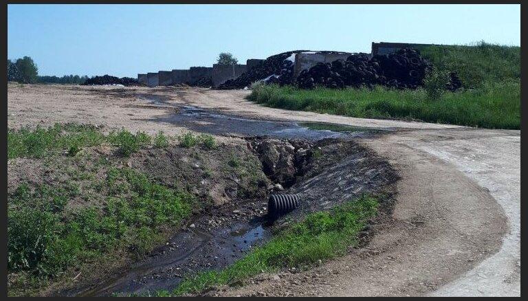Aculieciniekam bažas par upes piesārņojumu ar mēsliem Latgalē; firmai nāksies laboties