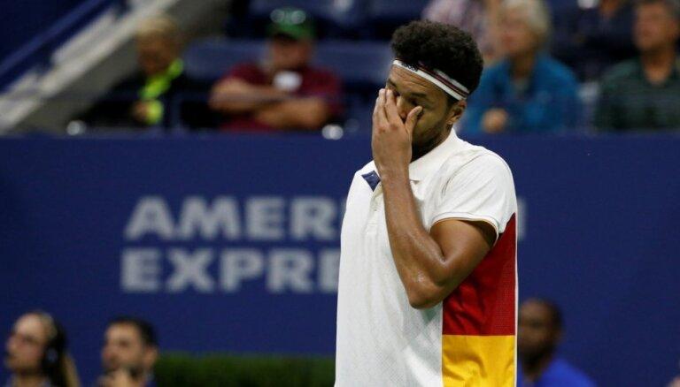 'US Open' spēlēs negaidītus zaudējumus piedzīvo Zverevs, Tsonga un Vozņacki