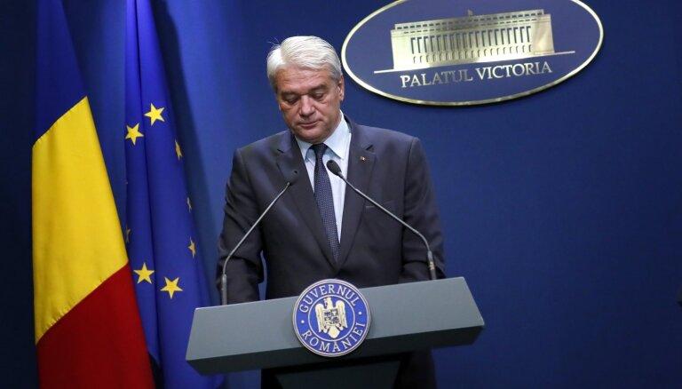 Pusaudzes slepkavības lietas dēļ no amata atkāpjas Rumānijas iekšlietu ministrs