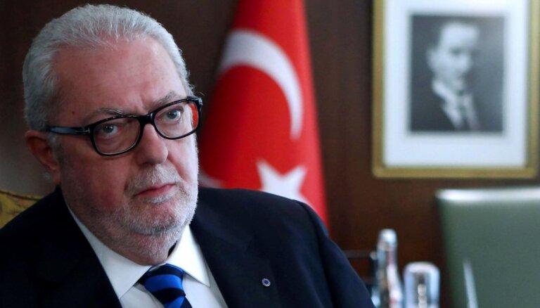 EP Parlamentārās asamblejas prezidents pēc tikšanās ar Asadu atkāpjas no amata