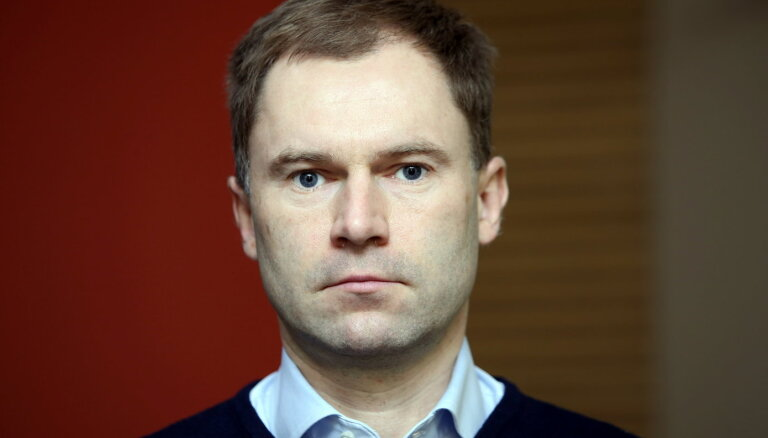 'Rīgas enerģijas' valdes locekļus par OIK krāpšanas mēģinājumu turpinās tiesāt novembrī