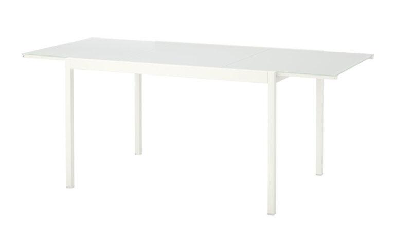 IKEA призывает покупателей вернуть опасные столы
