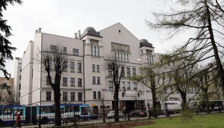 RLB hostelis joprojām investora meklējumos