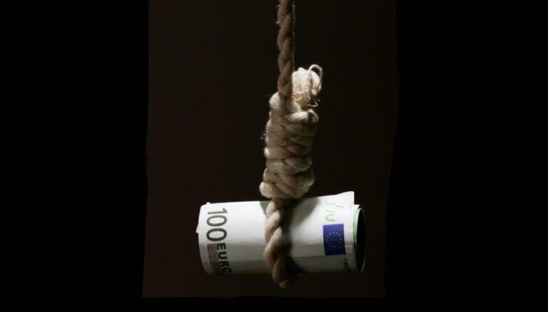 Взыскание долгов: потребители жалуются на агрессивное поведение