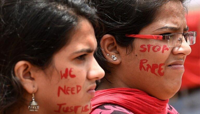 Indijā vīrietis aizturēts par 'Facebook' iepazītās sievietes slepkavību