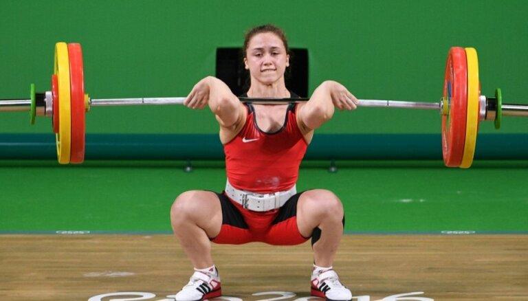 Skolniece Koha pēc sensacionālās debijas nedomā atpūsties un turpina aktīvus treniņus Rio