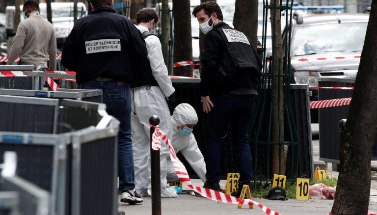 В результате стрельбы рядом с больницей в Парижа погиб человек