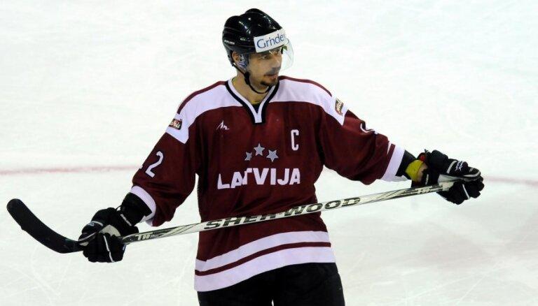 Latvijas hokeja izlase pēdējā pārbaudes spēlē uzvar Norvēģiju