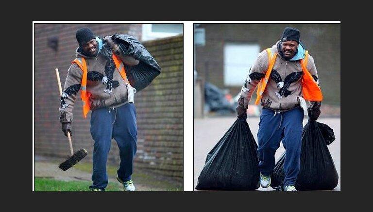 Скандальный элитный боксер работает мусорщиком в Лондоне