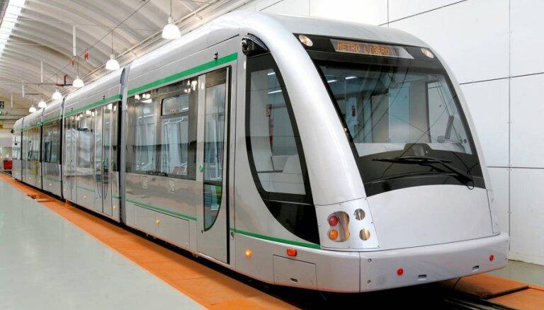 Vilcienu nomas konkursā varētu startēt 'Hyundai', 'Stadler' un CAF, ziņo laikraksts