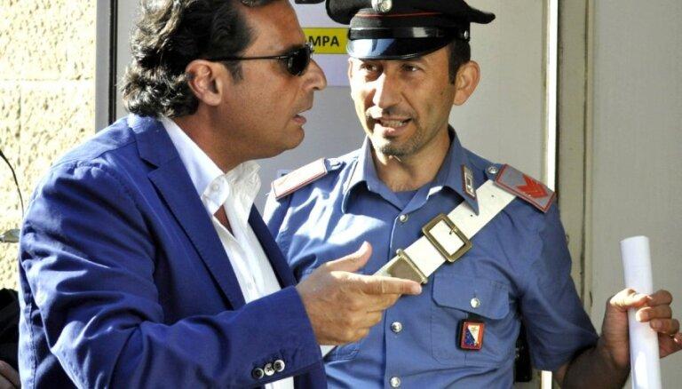 Капитан затонувшего лайнера Costa Concordia расплакался в суде