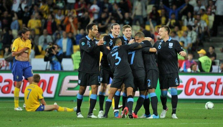 В прекрасном по накалу матче англичане отцепляют шведов