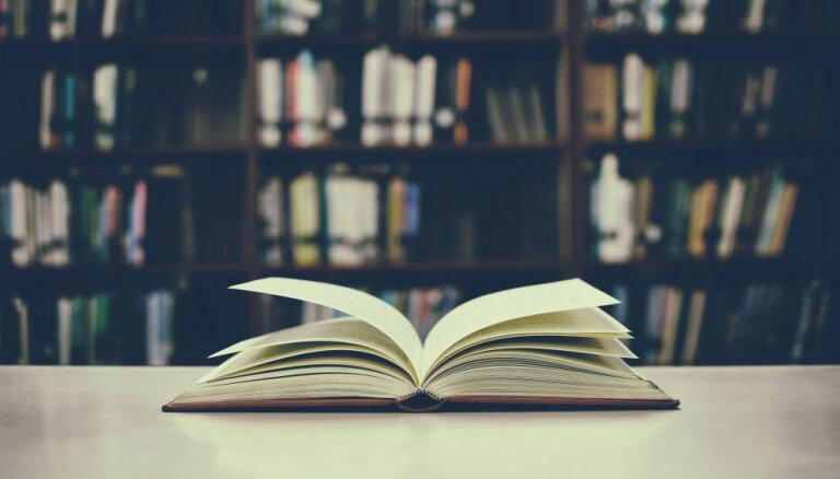Kādas grāmatas izlasīt, sagaidot rudeni? Grāmatu blogeru ieteikumi