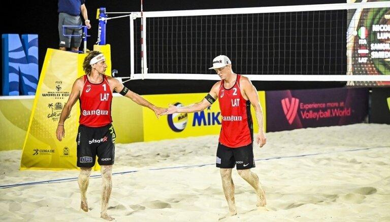 Samoilovs/Šmēdiņš Jūrmalā uzvar Latvijas čempionāta posmā pludmales volejbolā