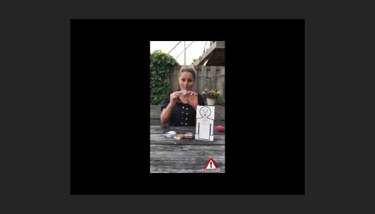 Video: Kā uzskatāmi bērnam pierādīt smēķēšanas kaitīgumu
