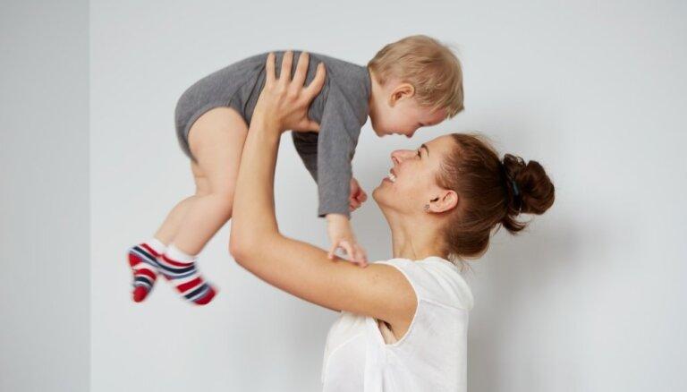 Piecas mīlestības valodas – kura no tām ir primārā tavam bērnam