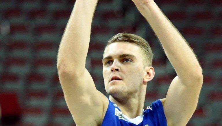 Freimanis ar 12 punktiem palīdz 'Anwil' izcīnīt uzvaru FIBA Čempionu līgas mačā