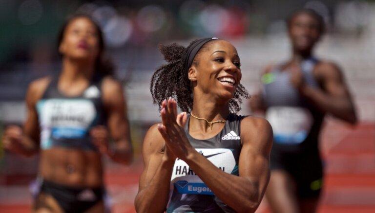 Спринтеры из США и Сент-Китс показывают исторические результаты