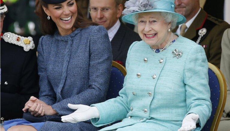 Британской королеве исполнилось 90 лет: чему может научить долголетие Елизаветы II