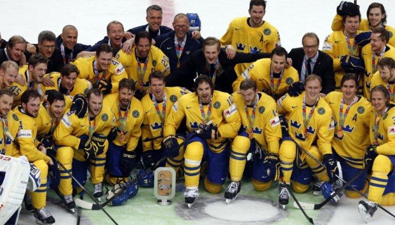 Zviedrijas hokejisti pasaules čempionu titulu nomaina ar bronzas medaļām