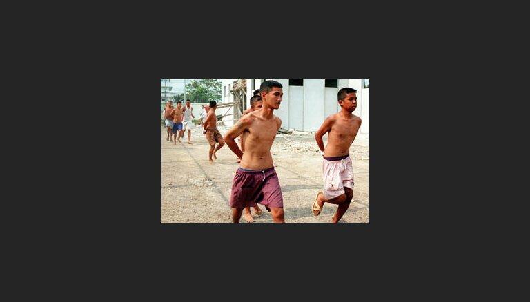 Taizemē no cietumiem izbēg vairāk kā 1000 jauniešu