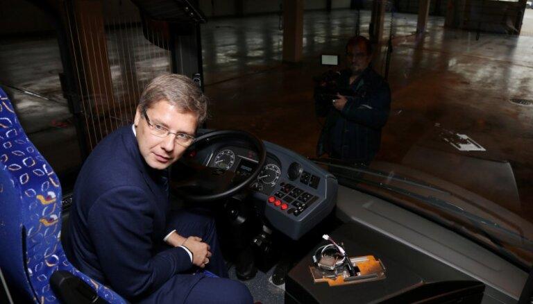 Dotācija 'Rīgas satiksmei' pārstumj Rīgas budžetu pār miljarda slieksni
