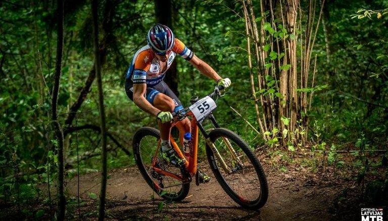 Blūms izcīna septīto vietu UCI kategorijas MTB XCO krosa sacensībās Kiprā