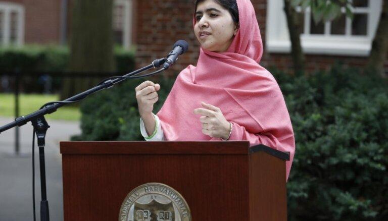 Барак Обама встретился с юной пакистанской правозащитницей Малалой Юсуфзай