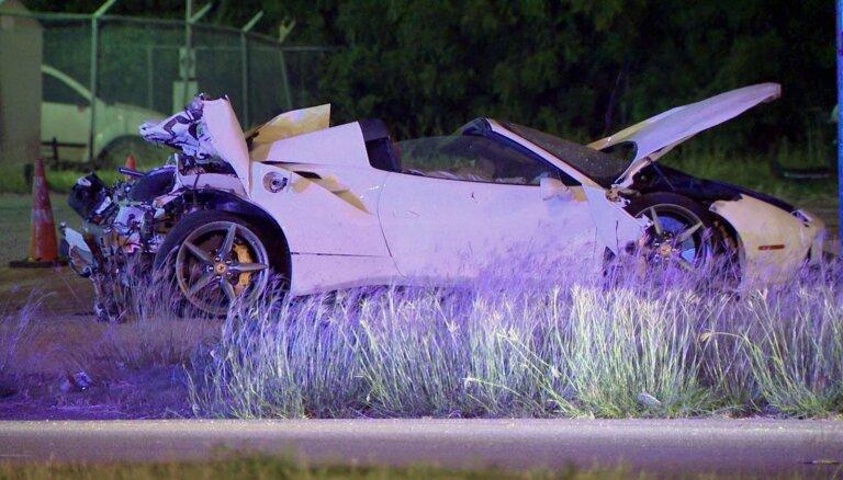 Чемпион мира по боксу Эррол Спенс разбился в Далласе на своем Ferrari