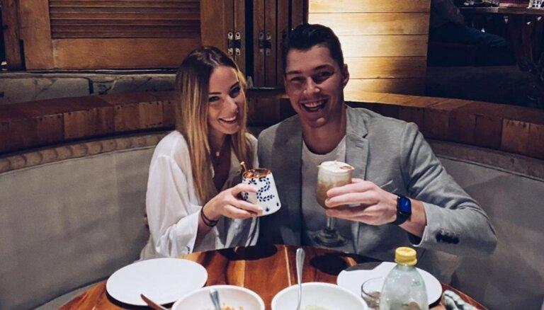 Голкипер сборной Латвии по хоккею Элвис Мерзликин женился