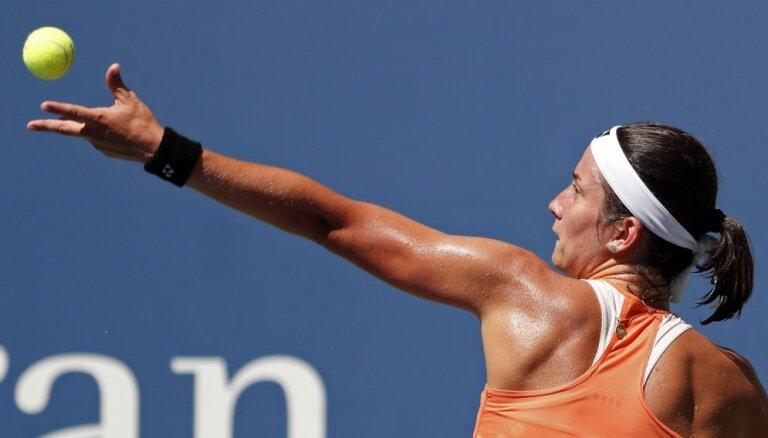 Sevastova Brisbenas WTA turnīra otrajā kārtā tiekas ar kvalifikāciju pārvarējuši Dārtu