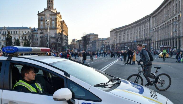 Kijevā taksometrā atrasts miris 33 gadus vecs deputāts