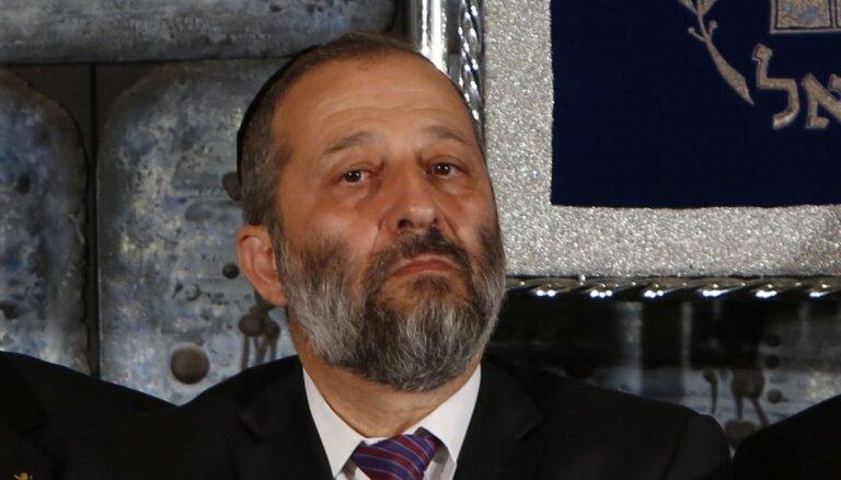 Izraēlas policija iesaka iekšlietu ministru apsūdzēt krāpšanā
