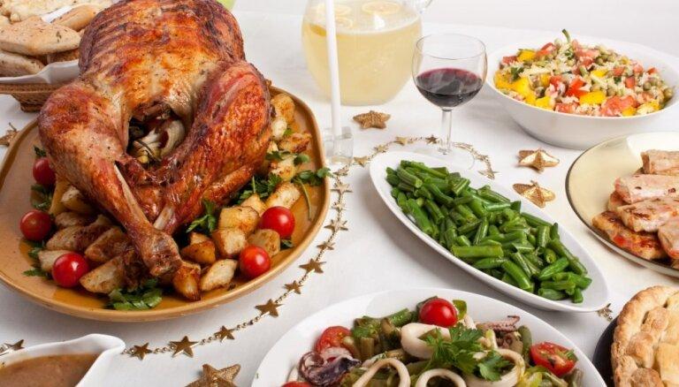 Ko tu zini par latviešu tradicionālo virtuvi rudens un ziemas svētkos?
