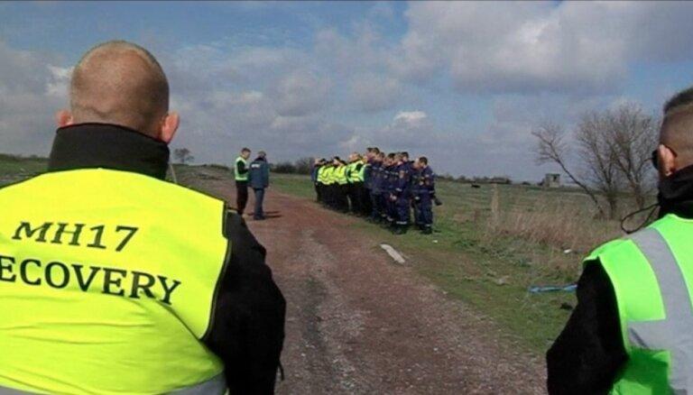 Nīderlandes prioritāte ir saukt pie atbildības MH17 katastrofā vainīgos, paziņo ministrs