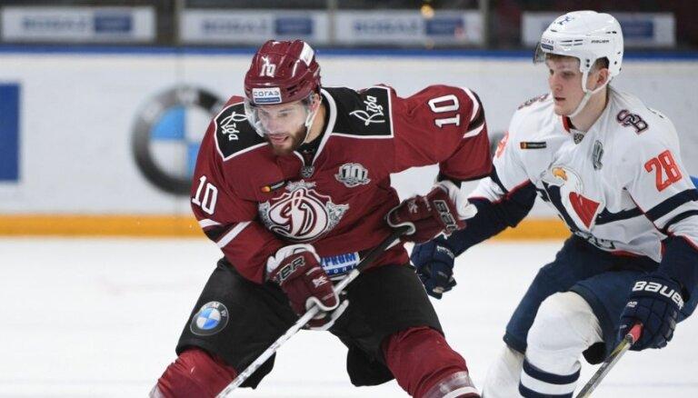 Dārziņš palīdz Rīgas 'Dinamo' pārtraukt neveiksmju sēriju