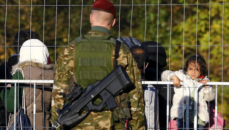 Austrija pagarinās kontroli uz robežas ar Ungāriju un Slovēniju