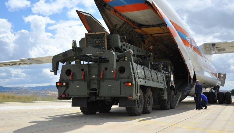 Erdogans vēlas kopā ar Krieviju ražot S-400 raķetes