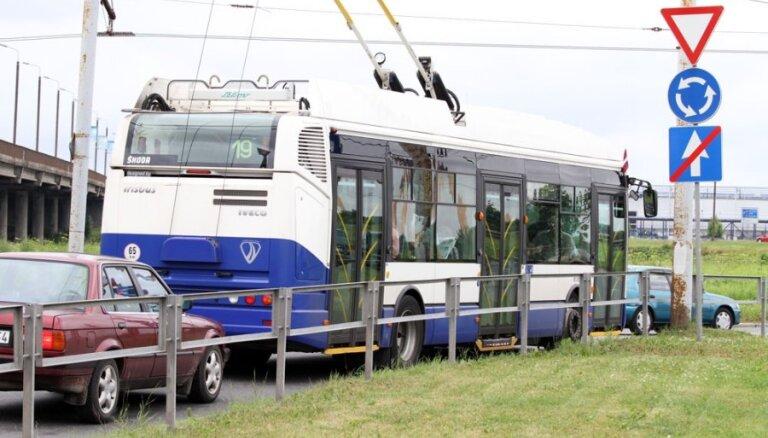 Мэр Риги назвал цену на проезд в общественном транспорте в 2015 году