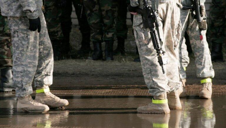 Калниньш: военнослужащие НВС Латвии воровали экипировку, чтобы ее перепродавать