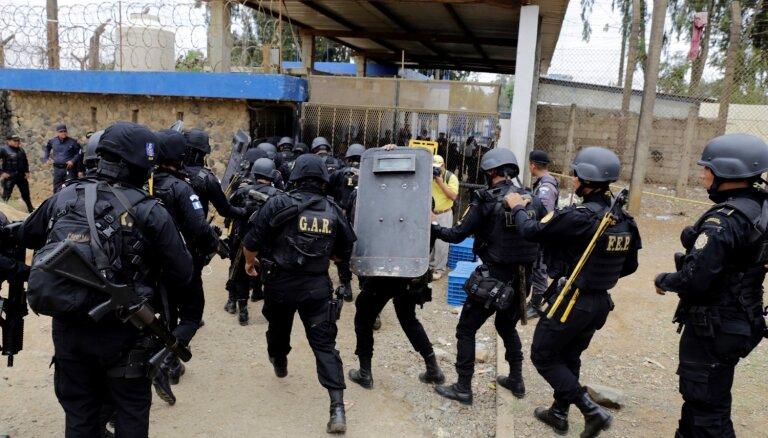 Apšaudē Gvatemalas cietumā nogalināti vismaz septiņi cilvēki