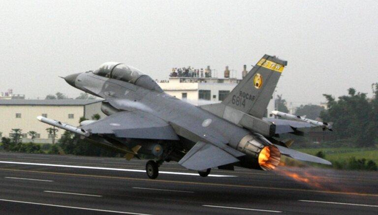 США в пику Китаю модернизируют армию Тайваня