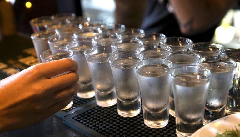 Vācijā viens cilvēks gadā izdzer aptuveni 131 litru alkohola