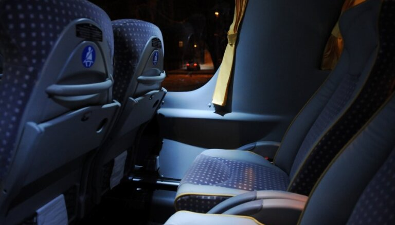 Valdība ķersies klāt nelegālajiem pasažieru pārvadātājiem