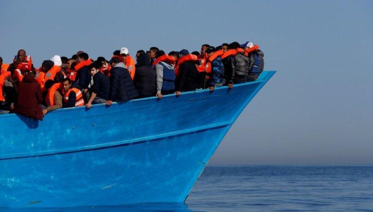 Vācija aptur dalību ES Vidusjūras operācijā 'Sofija'