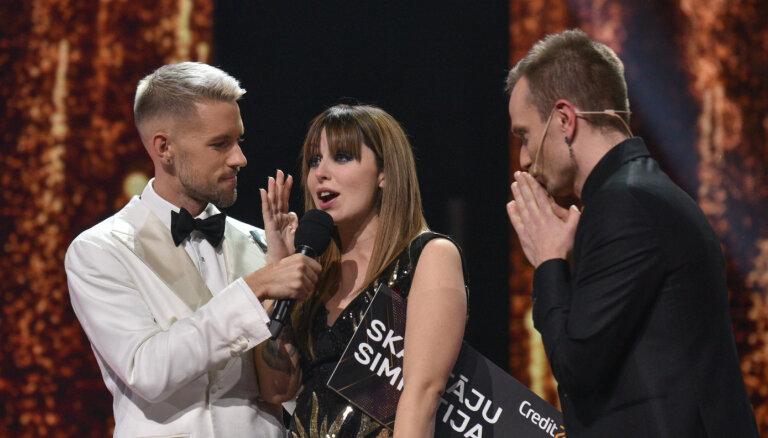 Šova 'X Faktors' trešajā sezonā triumfē Elīna Gluzunova